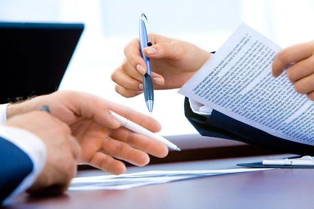 podepisování pracovní smlouvy, provádění dohody